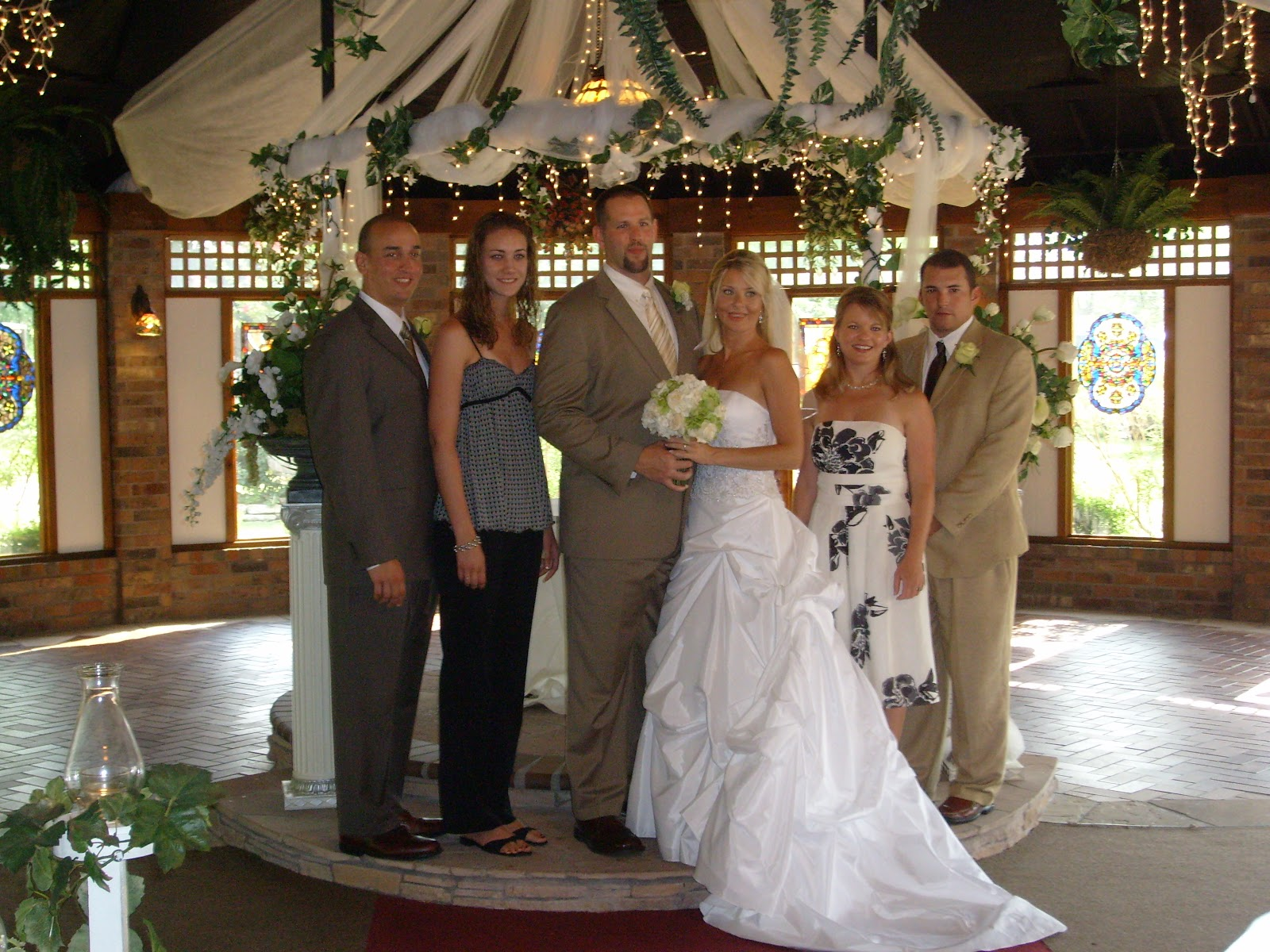 Beths Wedding - S7300173.JPG