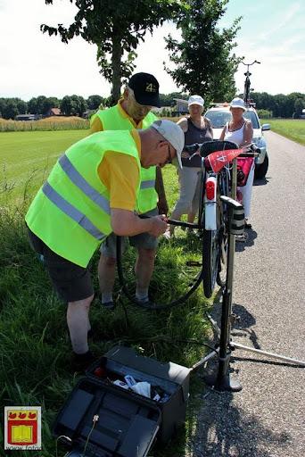 fietsvierdaagse Venray door overloon 24-07-2012 (10).JPG