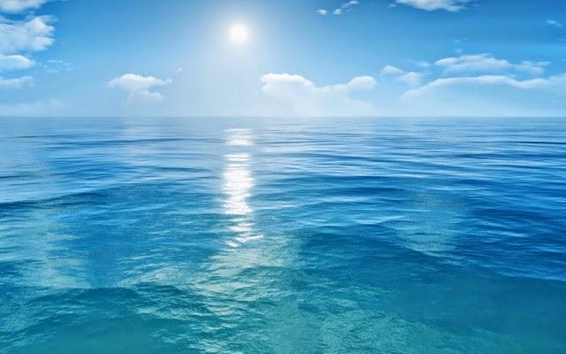 pourquoi l eau est bleu
