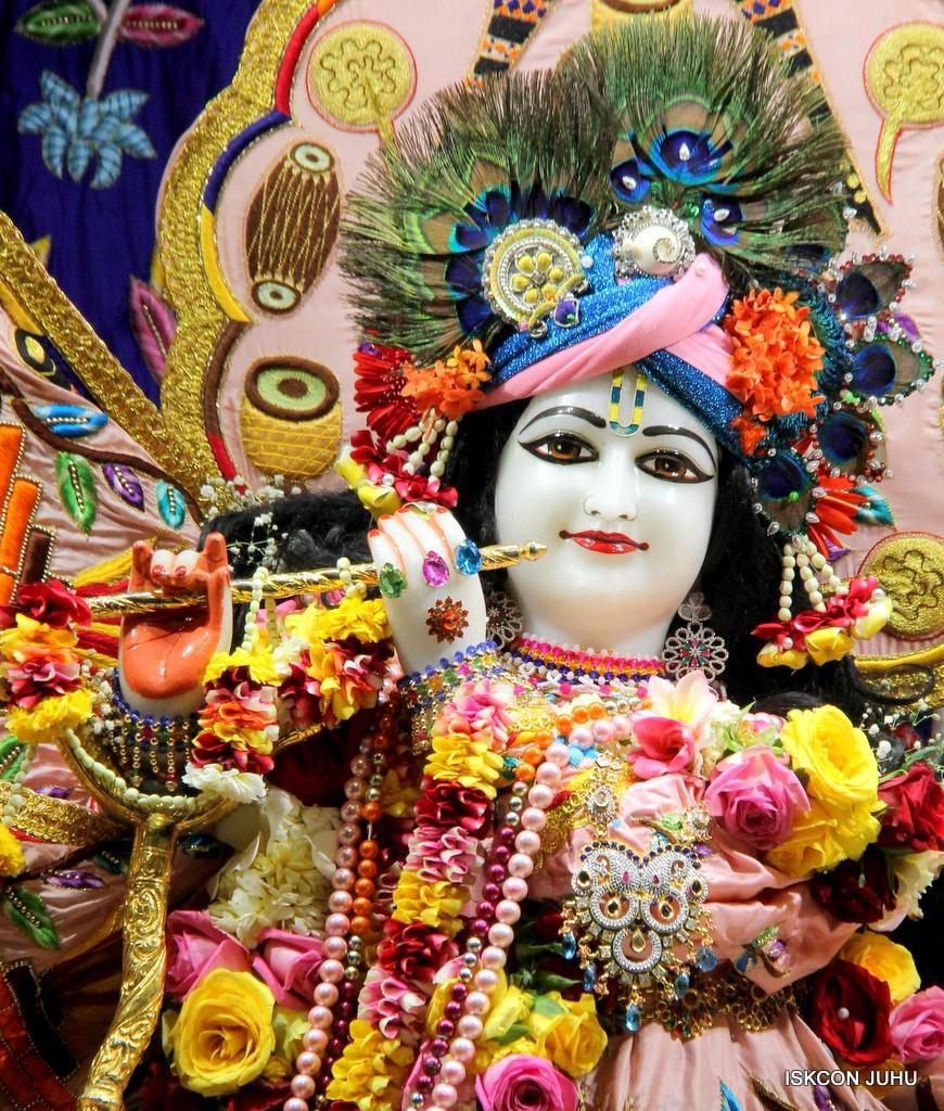 ISKCON Juhu Sringar Deity Darshan 10 Jan 2017 (39)