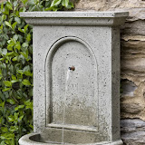 Campania Portico fountain.jpg