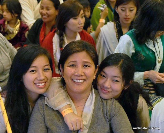 Tibetan Audience with HH Dalai Lama/HH Sakya Trizins Teaching in Portland, OR. - 53-cc%2BP5120043%2BC72.JPG
