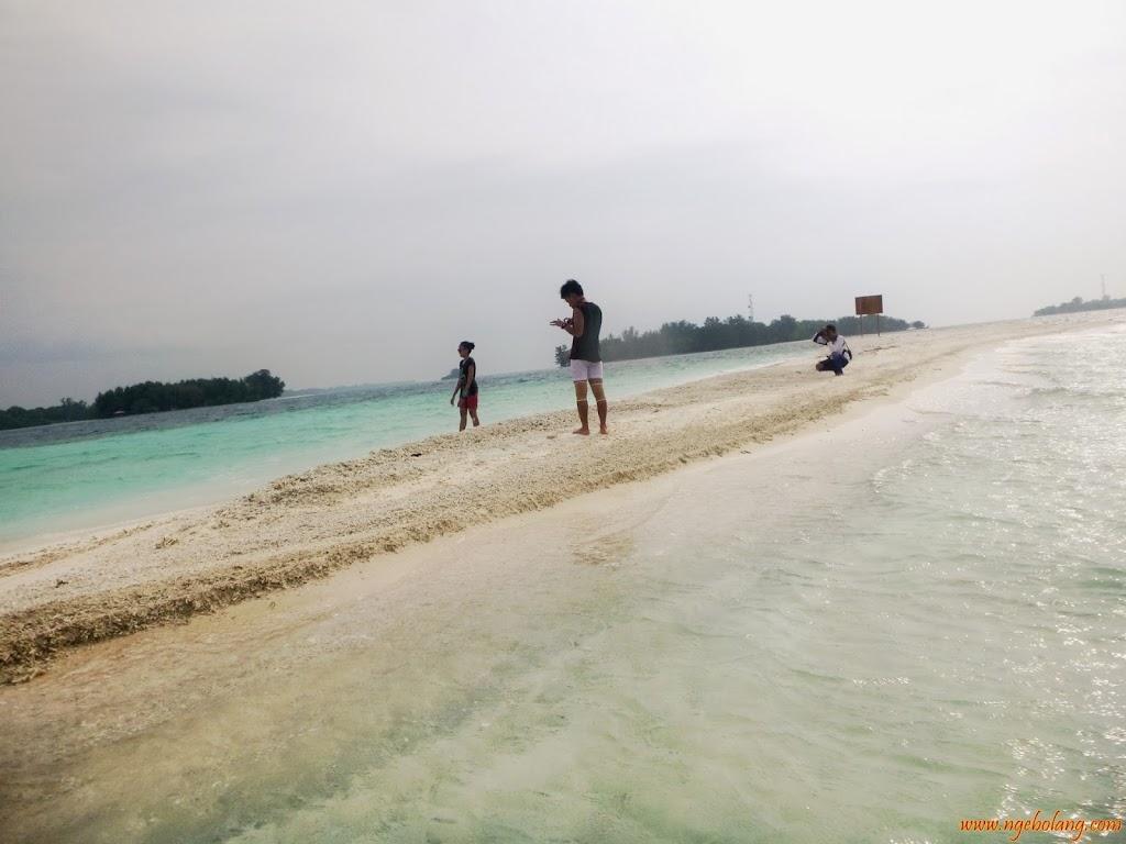 ngebolang-pulau-harapan-singletrip-nov-2013-wa-18 ngebolang-trip