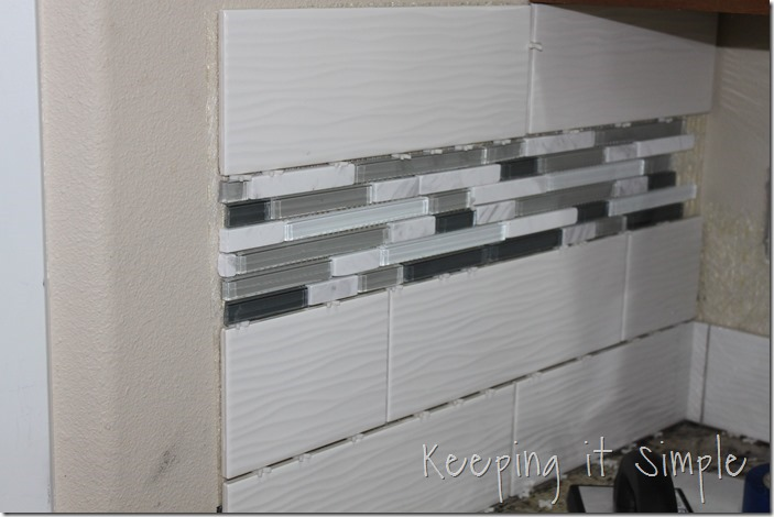 how-to-install-a-kitchen-backsplash-with-wavecrest-tile (13)