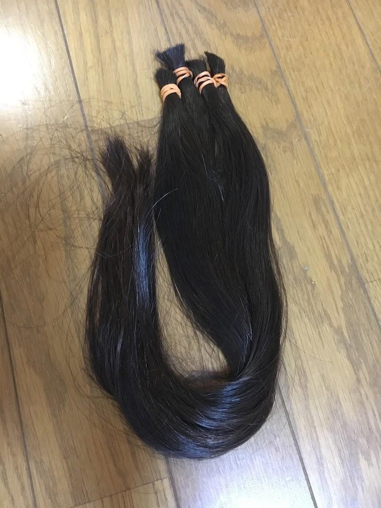 ヘアドネーションに髪の毛を寄付