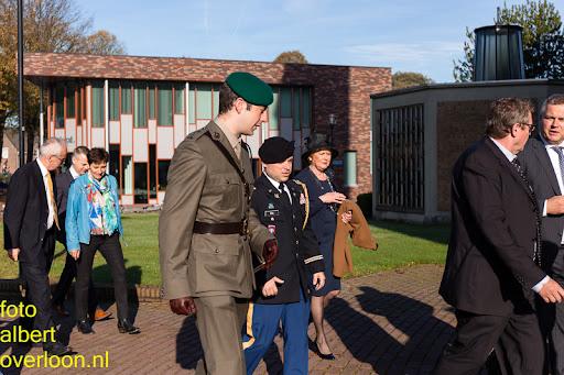 herdenkingsdienst  en een stille tocht naar het Engelse kerkhof 12-10-2014 (4).jpg