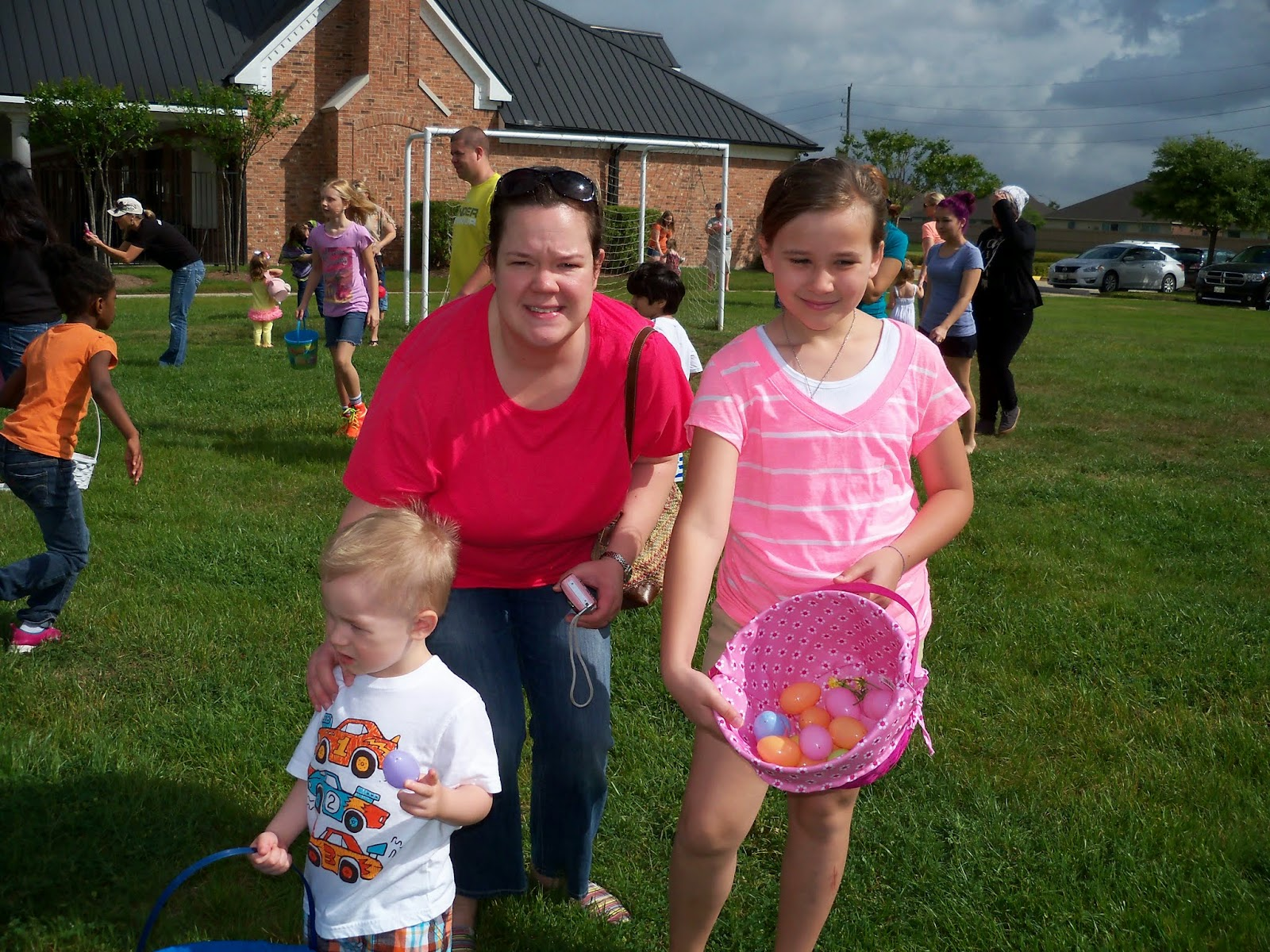 Easter Egg Hunt - 116_1438.JPG