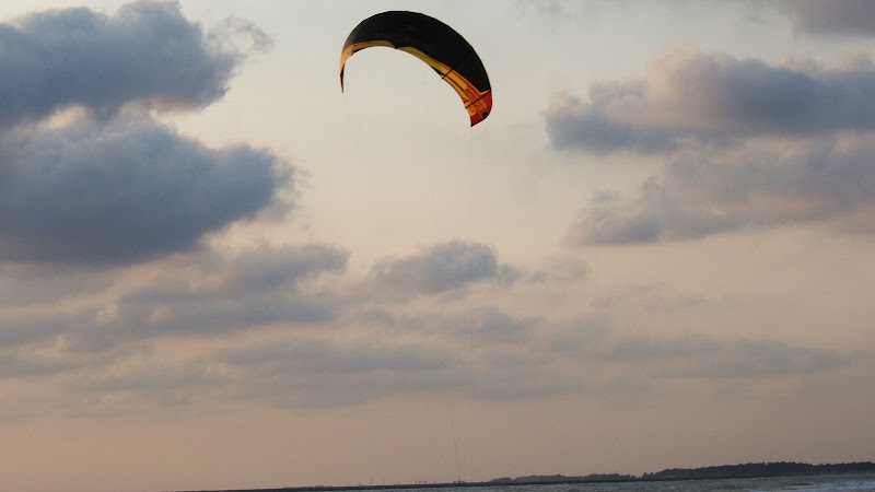 Tainan Kite surfer