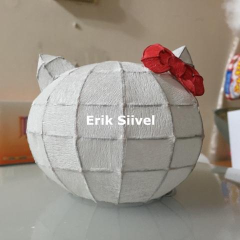 Erik Siivel: 中秋節 自製 Hello Kitty 燈籠 (2)