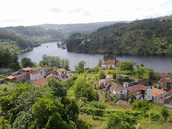 Douro - ELISIO WEEK END, COMARRISCOS, S.PEDRO DE MOEL, DOURO 100620122925
