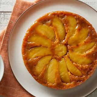 Apple Pie Upside-Down Pumpkin Cake.