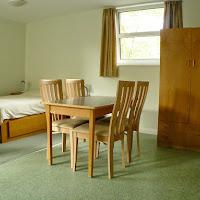 Room 40(2)