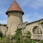 """Tour saint-Nicolas XIVe et """"jardin médiéval"""""""