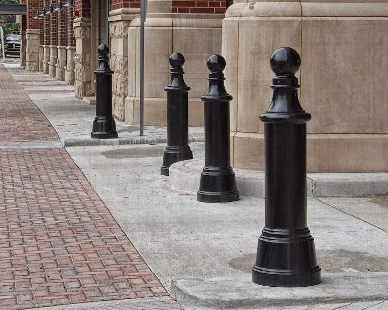 what is a bollard? | bollard definition