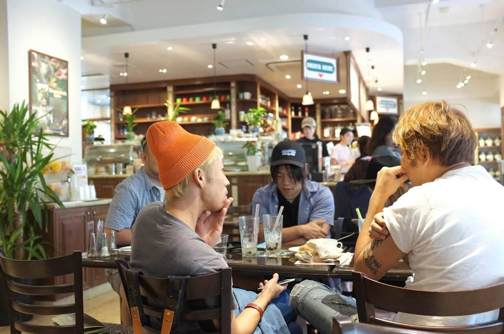 for brunch in Tokyo go to Urth Caffé in Daikanyama