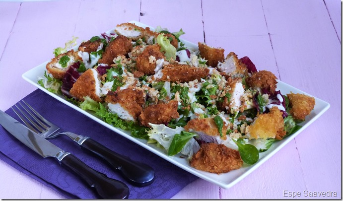 ensalada pollo crujiente cesar pesto parmesano espe saavedra
