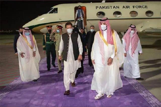 प्रिंस सलमान से मदद के लिए सऊदी अरब पहुचे इमरान
