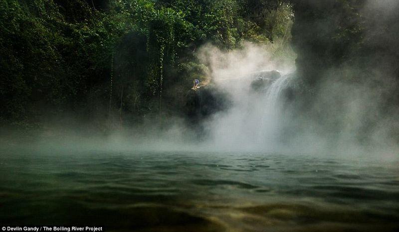 mayantuyacu-boiling-river-1