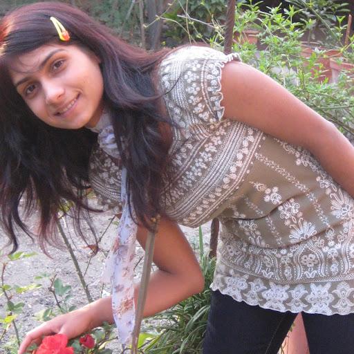 Sita Paudel Photo 14