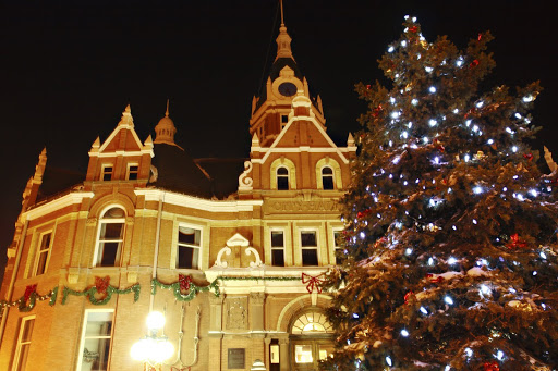 Shop the Victorian Christmas Trail in Gorgeous Stratford, Ontario