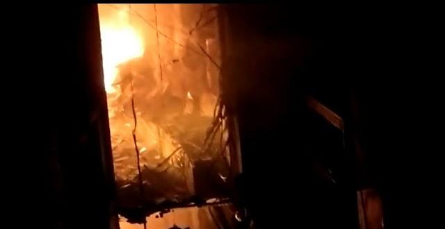 शॉर्ट सर्किट@ एक्सरे सोनोग्राफी सेंटर में लगी आग, लाखों की मशीनें जलकर खाक, ढाई घंटे की कड़ी मशक्कत के बाद पाया काबू