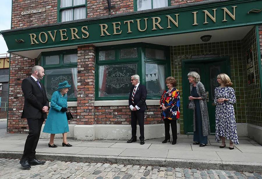 The Queen visits Coronation Street set as She Enjoys a Day out in Manchester