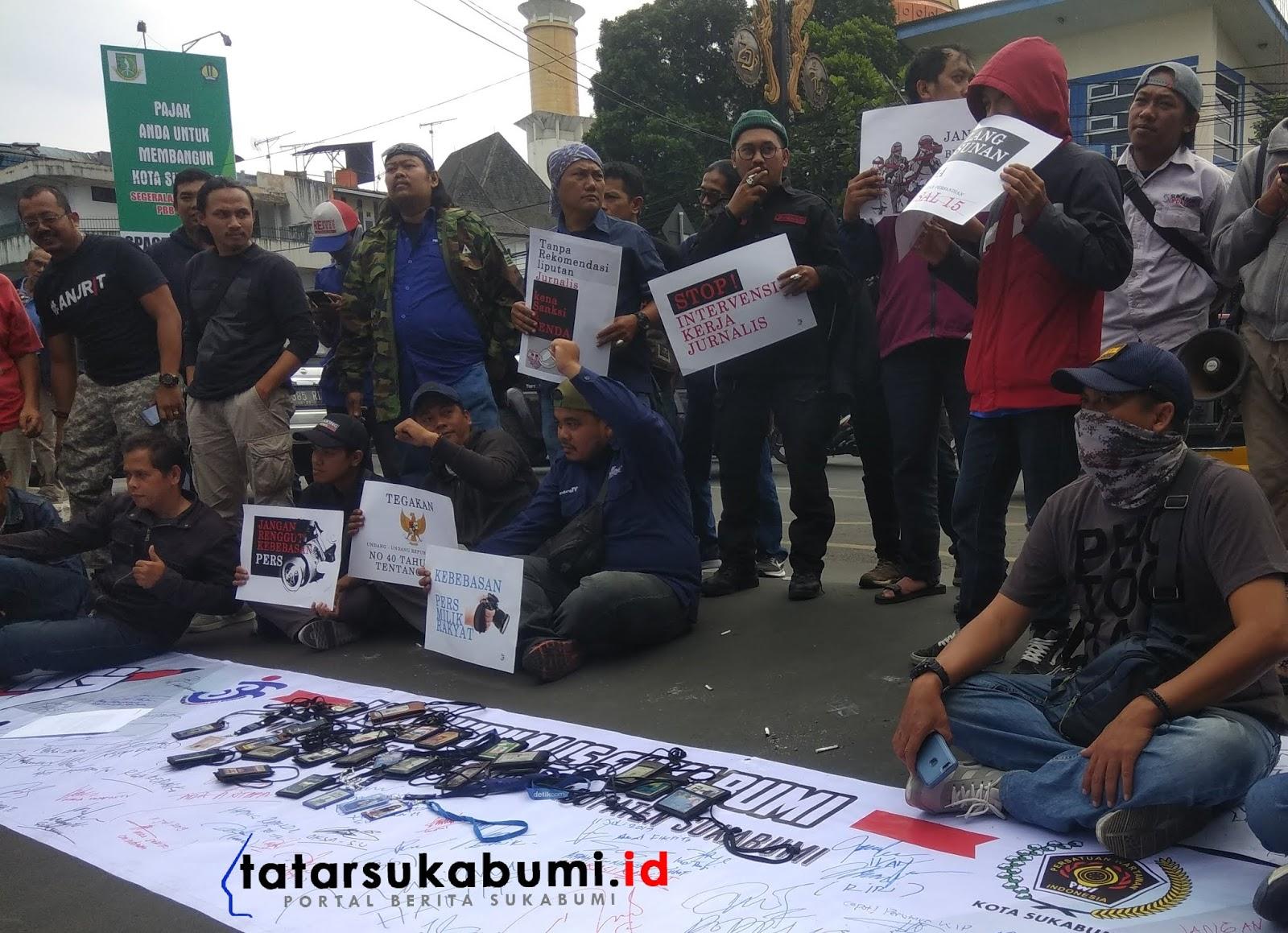 Gara-gara Raperda Pemkab Sukabumi Wartawan Demo Gedung Pendopo