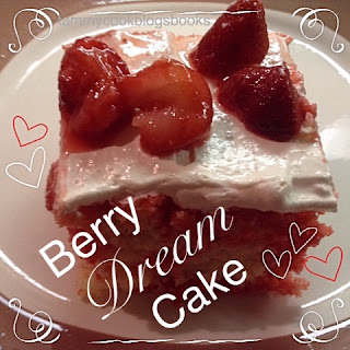 Berry Dream Cake ~ source:tammycookblogsbooks
