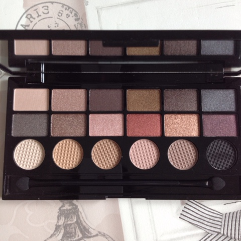 run-boy-run-eyeshadow-palette-review