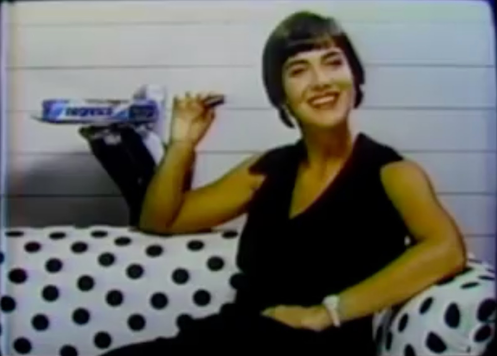 Campanha da Nestlé em 1987 promovendo o Negresco, em seu lançamento