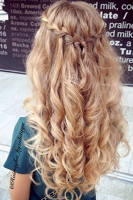 20+ long curly prom hairstyle ideas - Fashion 2D
