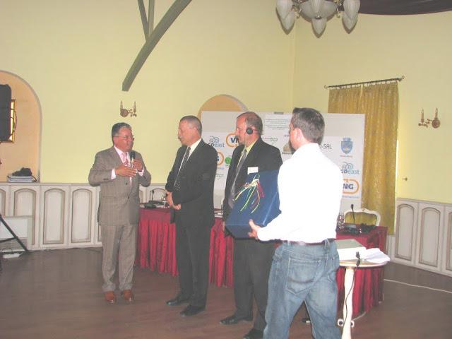 Conferinta finala a proiectului LOGO EAST - mai 2009 - poze%2Bconferinta%2B2%2B048.jpg