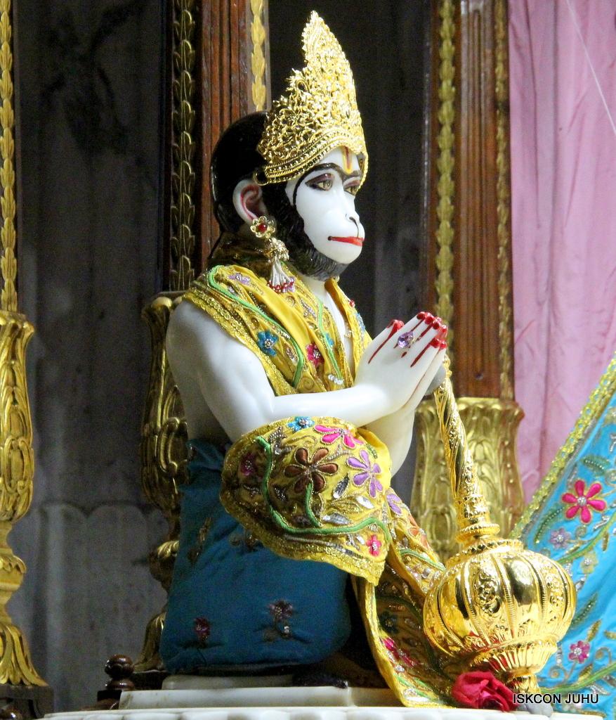 ISKCON Juhu Mangal Deity Darshan on 19th Oct 2016 (1)