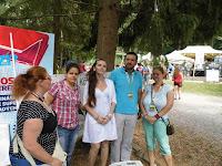 Orosz Örs a a Gombaszögi Nyári Tábor főszervezője a SZAKC munkatársaival és a Via Nova képviselőivel.JPG