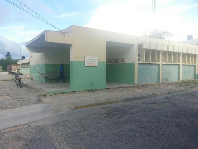 De últimos minutos: Atracan enfermera a punto de pistola el hospital de Cabral.