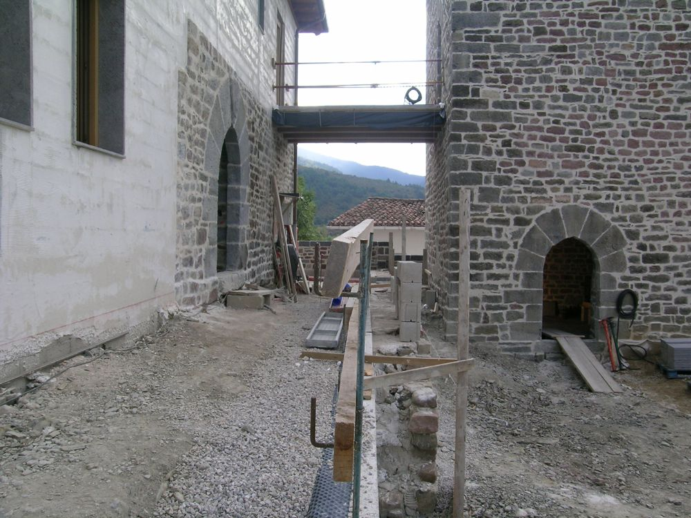 Reconstruccion Torre de Uriz - DSCN9289.JPG