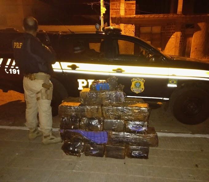 PRF no sertão paraibano apreende quase 300 kg de maconha sendo transportada em Van