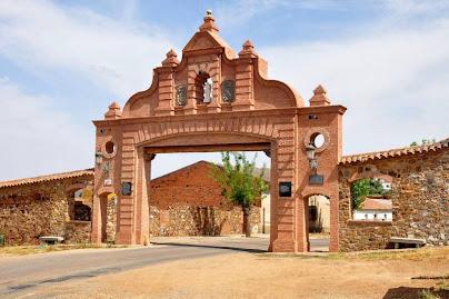 Puerta de Almadén, en Almadenejos