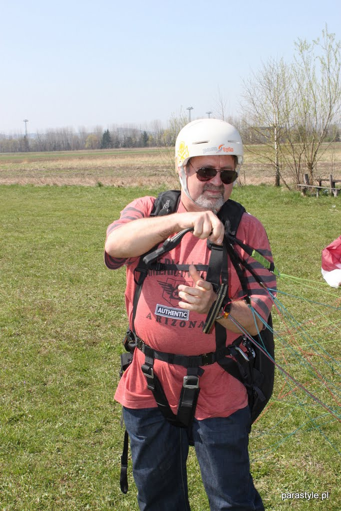 Szkolenia paralotniowe Kwiecień 2011 - IMG_5544.JPG