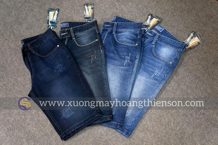 Mặc đẹp ở nhà với quần short jean nam phối đồ trẻ trung
