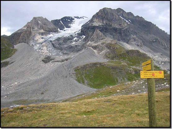 361-GR55-signs-at-Col-Vanoise