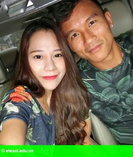 Hình 2:   Chuyến du hí may mắn của vợ chồng Mai Tiến Thành