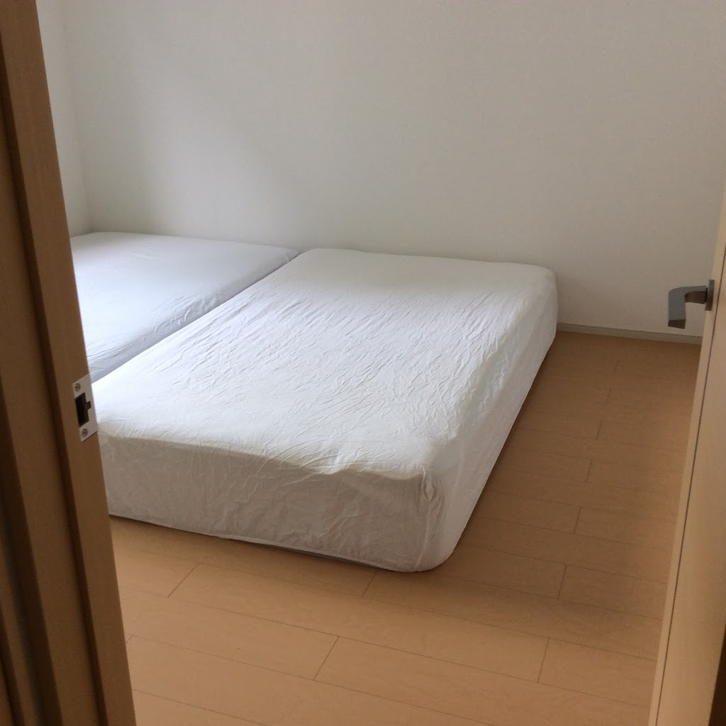ベッド; 布団・寝具