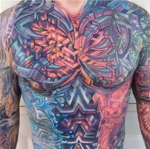 biomecnica_peito_tatuagens