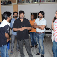 Chiranjeevi Watch Supreme Movie At Prasad Lab