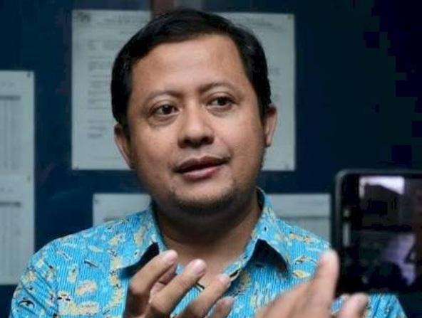 Ubedilah Badrun: Pujian Profesor Singapura Berbahaya karena Abaikan Nilai-nilai Demokrasi