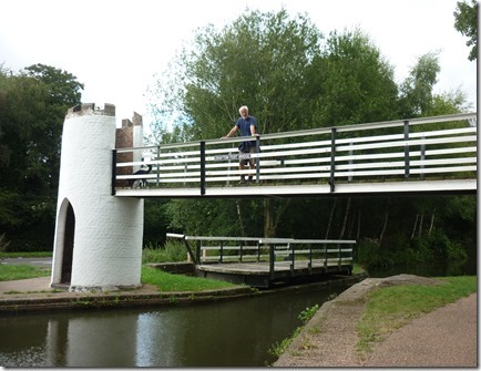 7 drayton swivel and footbridge_thumb[1]