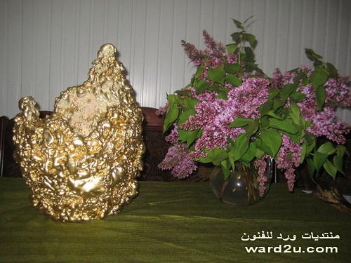 مجسمات بخامات البيئة و الفسيفساء