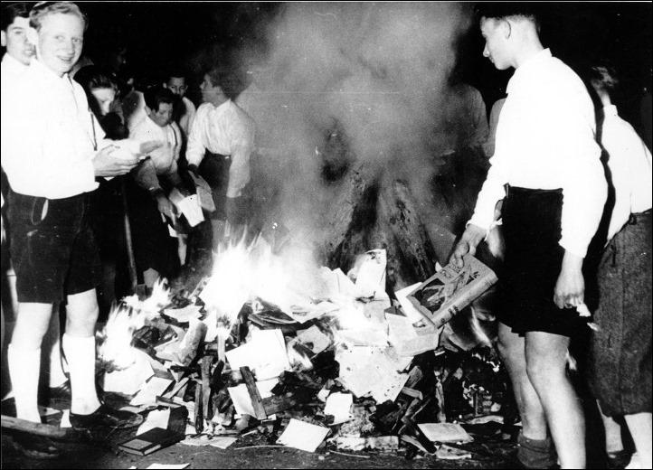 queima_livros