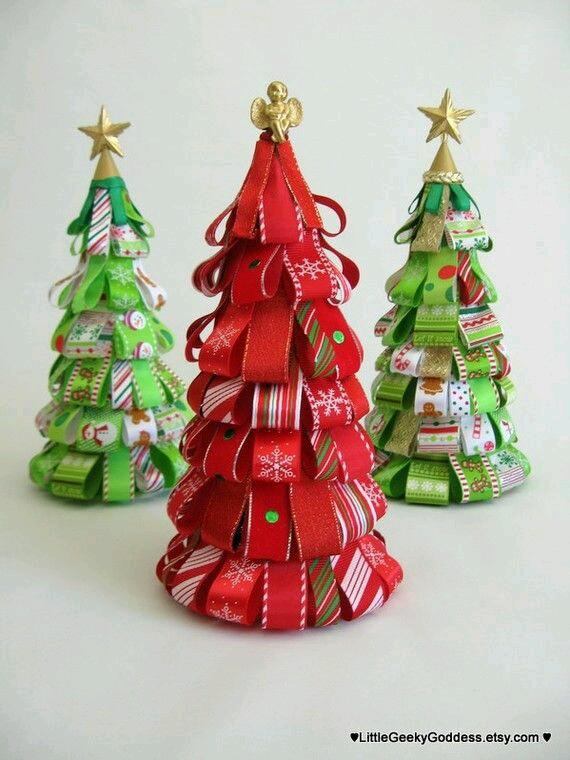 C mo hacer pinos navide os con list n - Como hacer centros navidenos ...